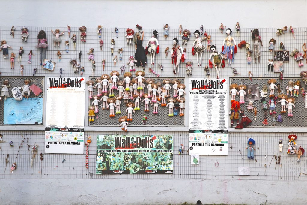 Denim Day Italy - Wall Of Dolls Roma